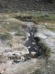 source and concrete thing (little hot creek)